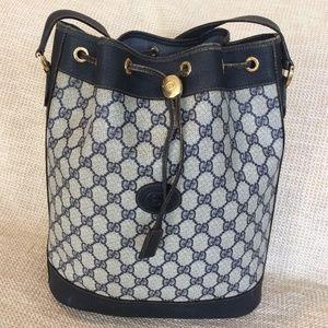 Vintage Gucci signature logo bucket bag